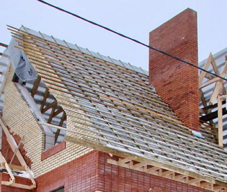 Как правильно сделать обрешетку крыши фото 575