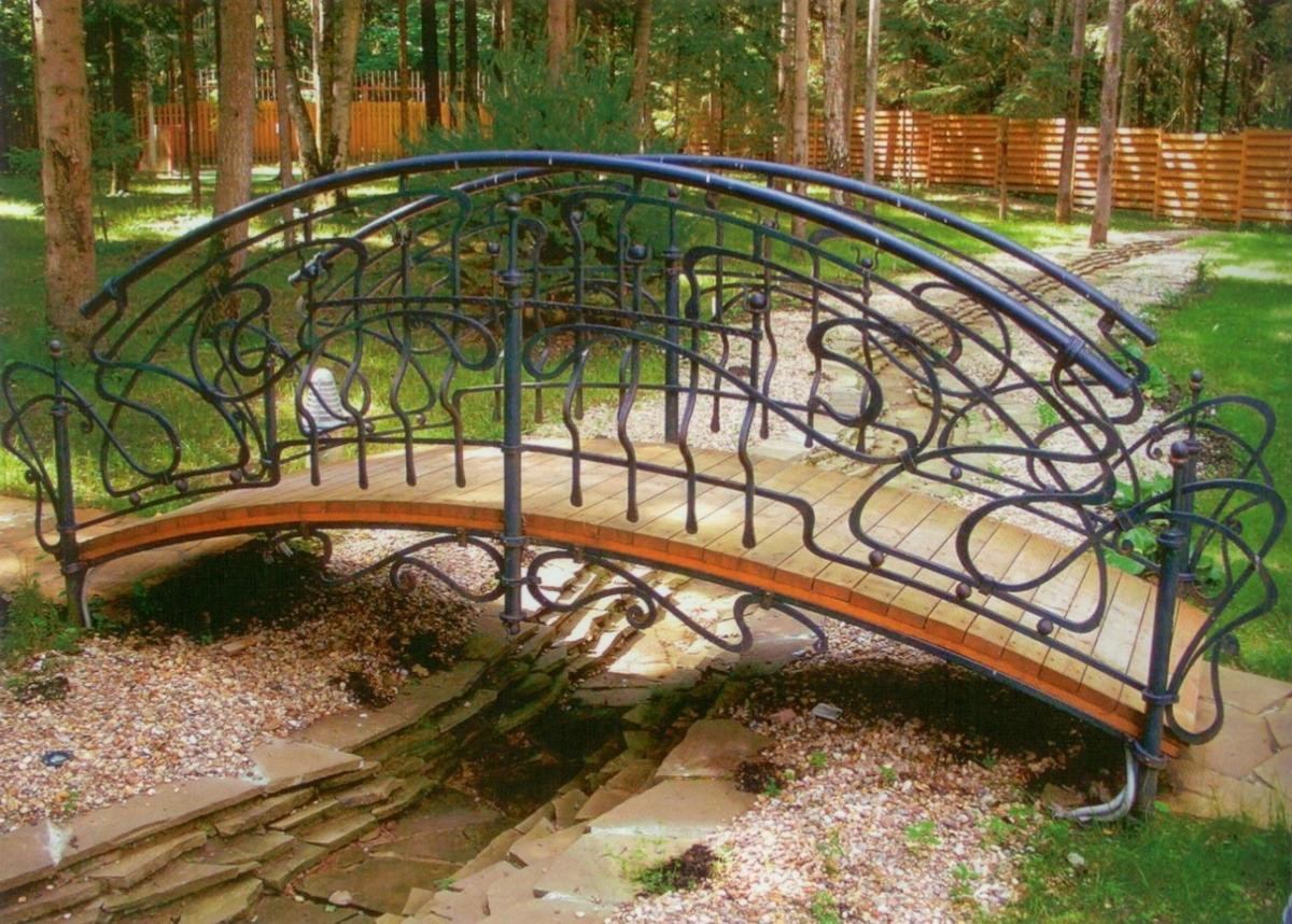 фото из металла садовые мостики