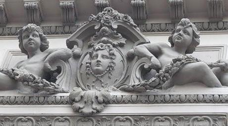 Установка лепнины из гипса - Астмал-декор