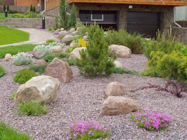 Камни в ландшафтном дизайне на даче