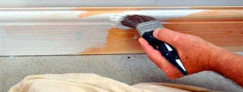 Как покрасить плинтус своими руками