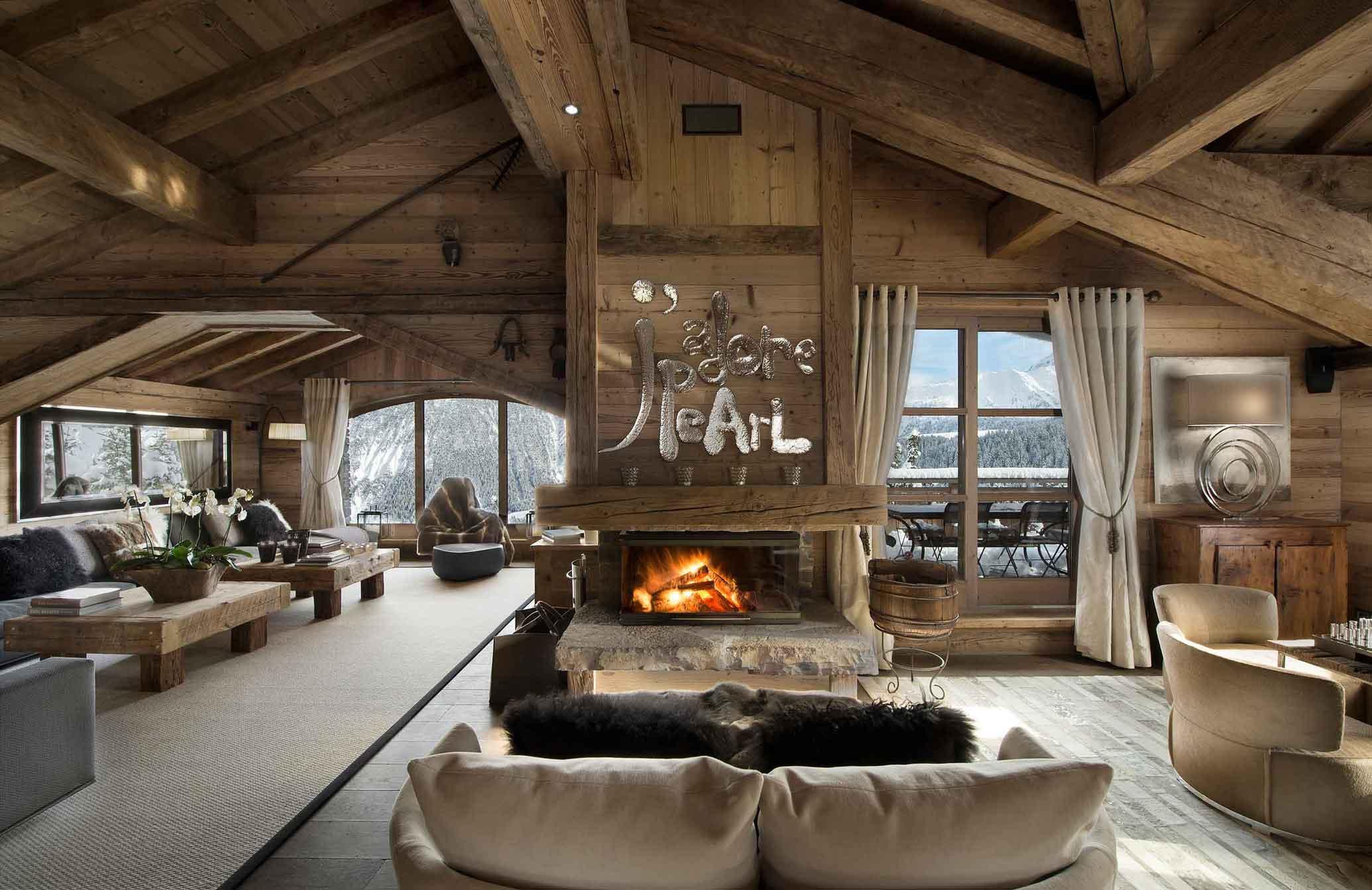 Дизайн внутри дома шале