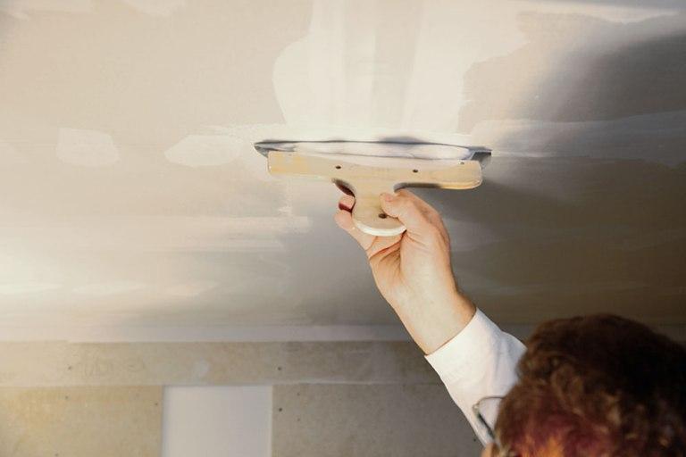 Использование шпатлевки knauf при шпатлевании потолка битумно-полимерная мастика вишера