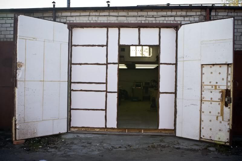 Как сделать гаражные ворота теплыми