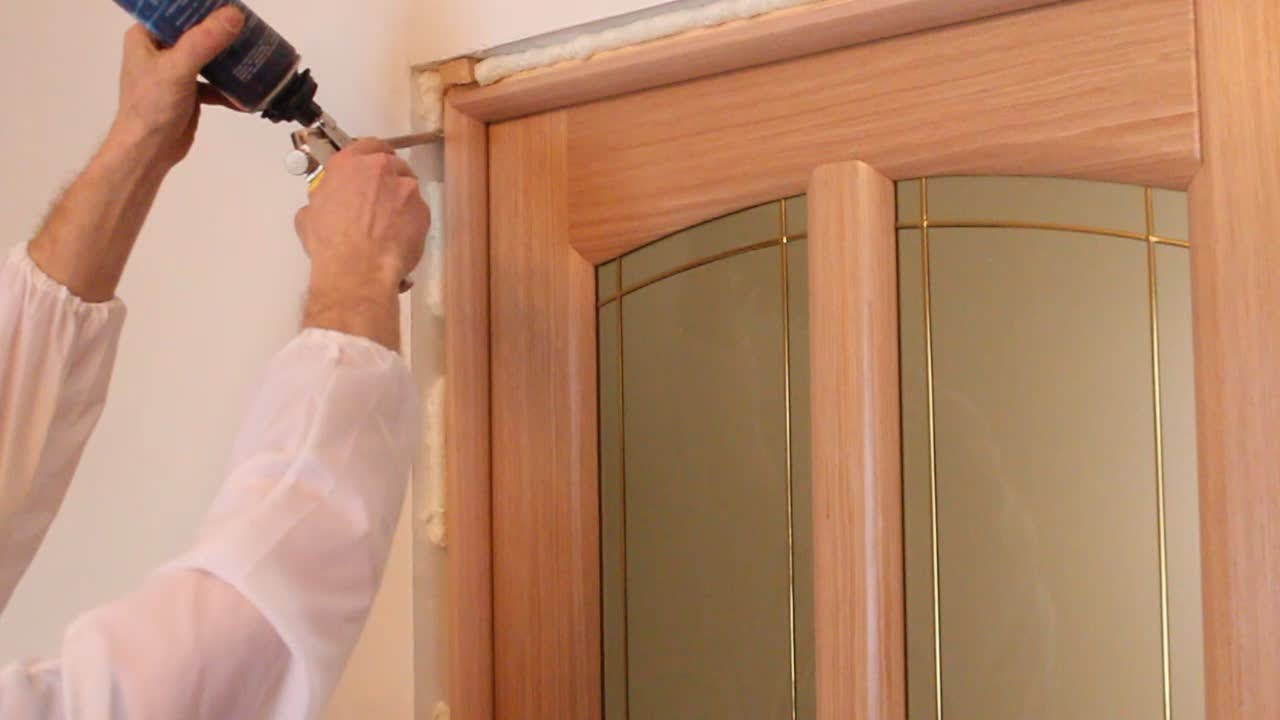 Установка дверей своими руками фото