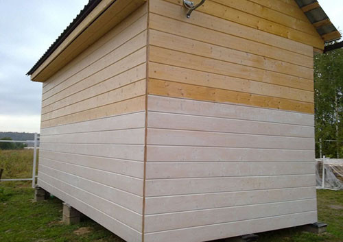 Отделка фасада дома панелями сайдинг