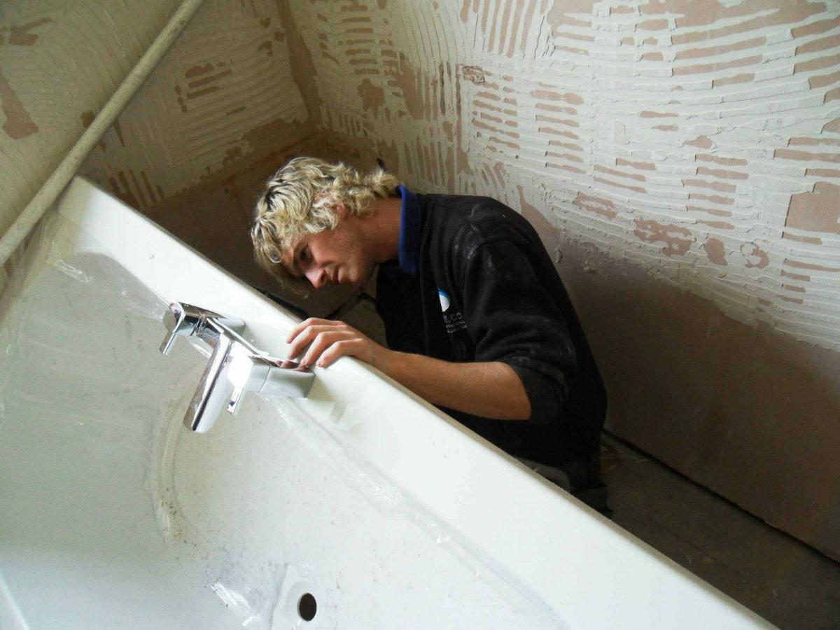 Заменить ванную своими руками