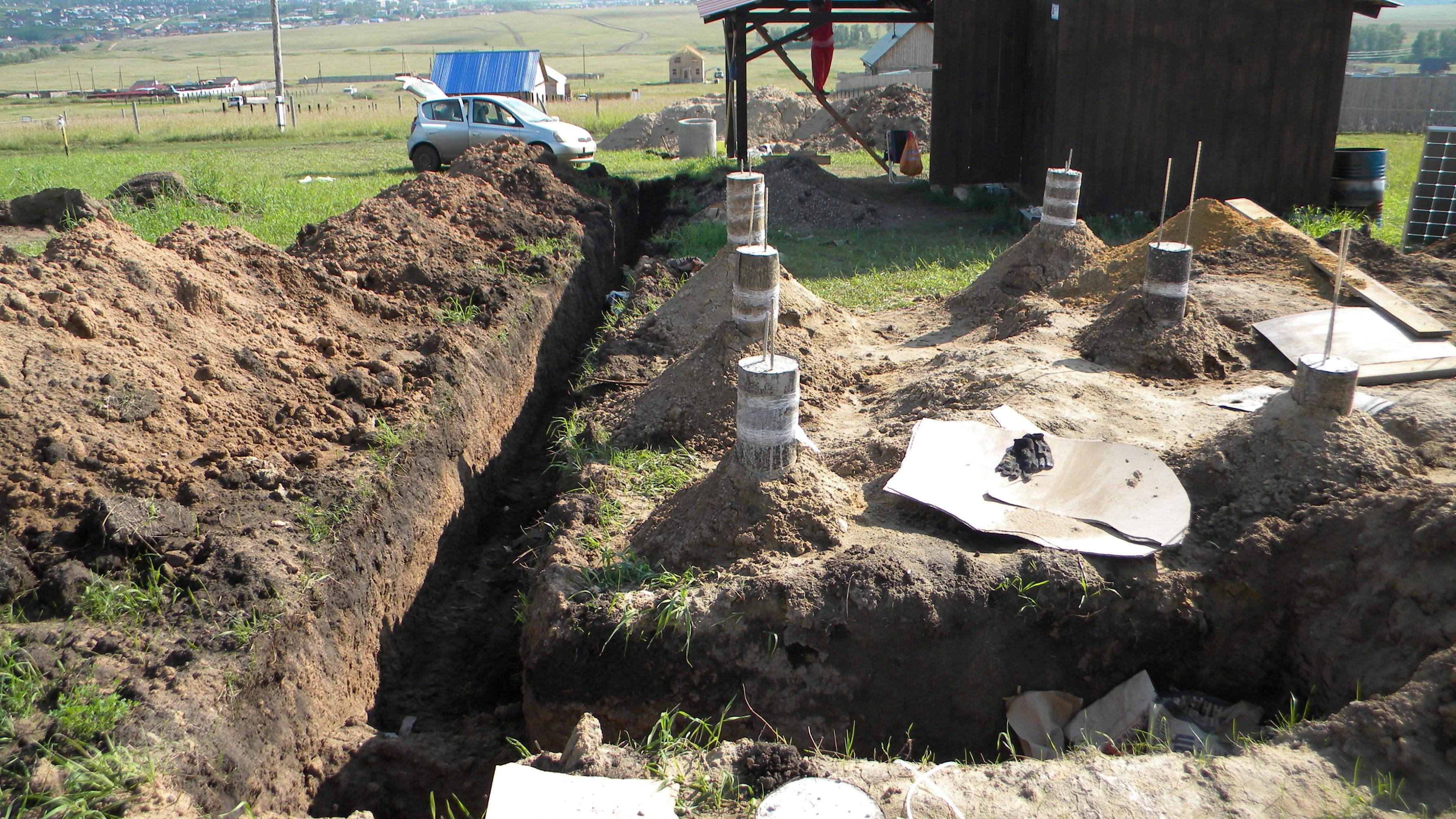 Копаем траншею под канализацию своими руками 55