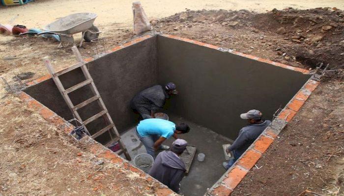 Как сделать выгребную яму из кирпича в частном доме