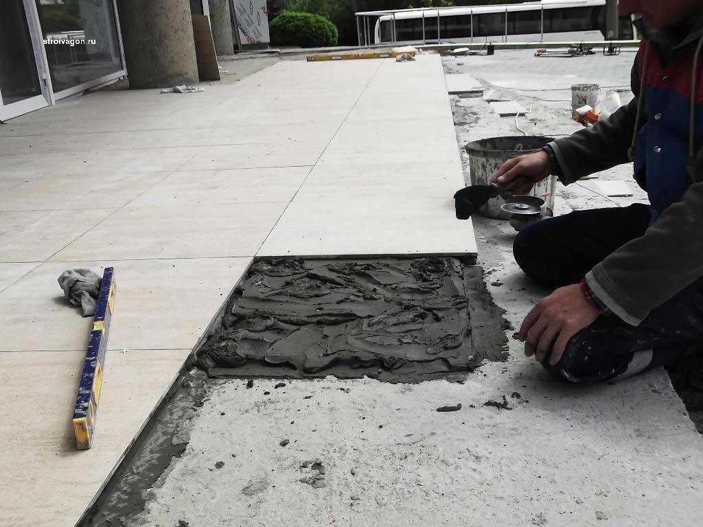 укладка плитки на бетонную плиту
